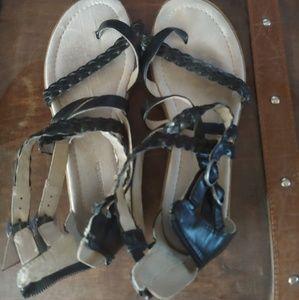 G. H. Bass & Co Black Heels Size 8